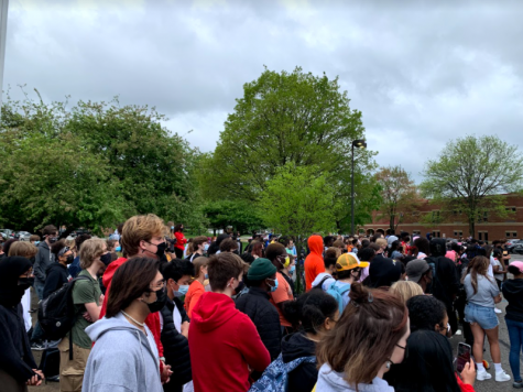 Student led walk out with 200 participants. Photo courtesy of Chloe Carnes